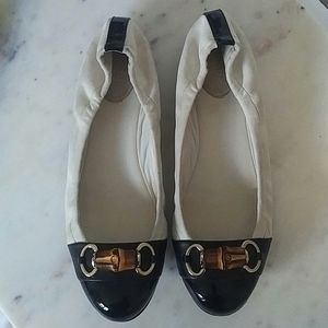 GUCCI - suede and patent leather horsebit flats